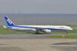 KKiSMさんが、羽田空港で撮影した全日空 777-381の航空フォト(飛行機 写真・画像)