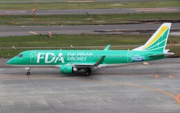 ハム太郎。さんが、新千歳空港で撮影したフジドリームエアラインズ ERJ-170-200 (ERJ-175STD)の航空フォト(飛行機 写真・画像)