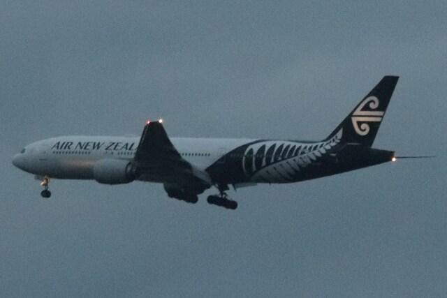 BOEING737MAX-8さんが、成田国際空港で撮影したニュージーランド航空 777-219/ERの航空フォト(飛行機 写真・画像)