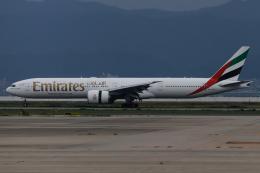 A.Tさんが、関西国際空港で撮影したエミレーツ航空 777-31H/ERの航空フォト(飛行機 写真・画像)