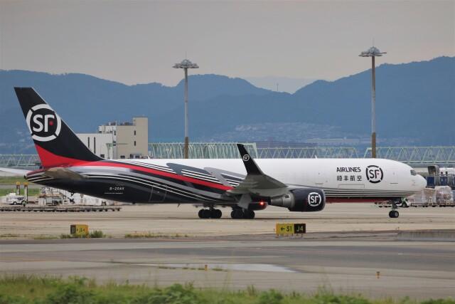 PW4090さんが、関西国際空港で撮影したSF エアラインズ 767-304/ER(BCF)の航空フォト(飛行機 写真・画像)