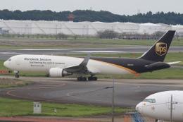 Hiro-hiroさんが、成田国際空港で撮影したUPS航空 767-34AF/ERの航空フォト(飛行機 写真・画像)