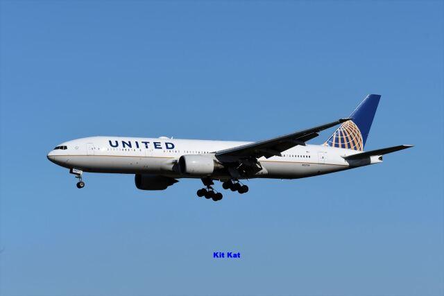 キットカットさんが、成田国際空港で撮影したユナイテッド航空 777-222/ERの航空フォト(飛行機 写真・画像)