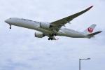 くれないさんが、福岡空港で撮影した日本航空 A350-941の航空フォト(飛行機 写真・画像)