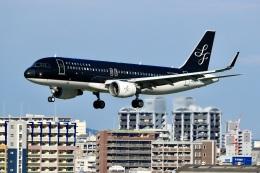 くれないさんが、福岡空港で撮影したスターフライヤー A320-214の航空フォト(飛行機 写真・画像)