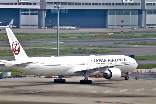 aki@飛行機好きな少年さんが、羽田空港で撮影した日本航空 777-346/ERの航空フォト(飛行機 写真・画像)
