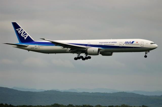 amagoさんが、新千歳空港で撮影した全日空 777-381の航空フォト(飛行機 写真・画像)