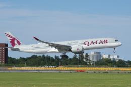 神宮寺ももさんが、成田国際空港で撮影したカタール航空 A350-941の航空フォト(飛行機 写真・画像)