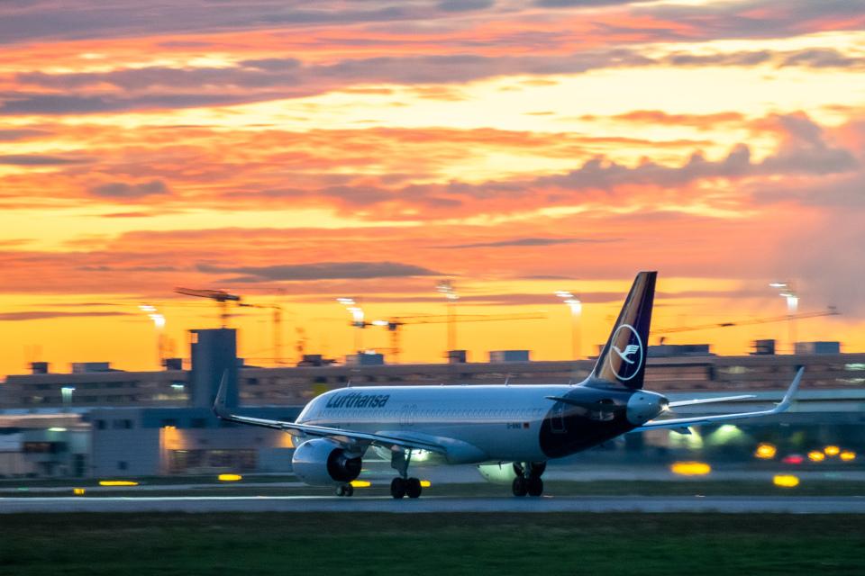 gomaさんのルフトハンザドイツ航空 Airbus A320neo (D-AINX) 航空フォト