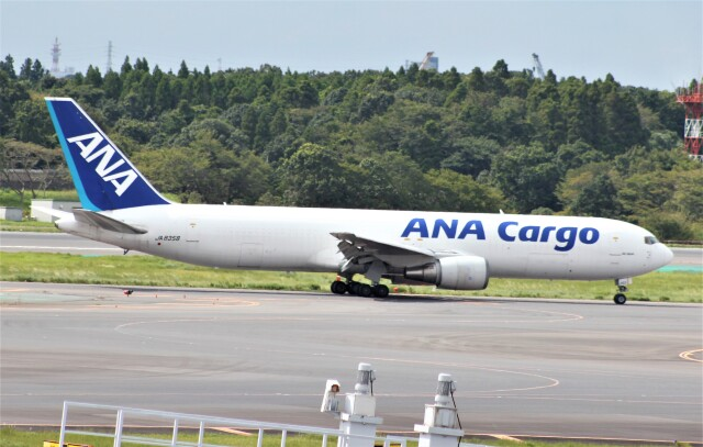 Rsaさんが、成田国際空港で撮影した全日空 767-381/ER(BCF)の航空フォト(飛行機 写真・画像)