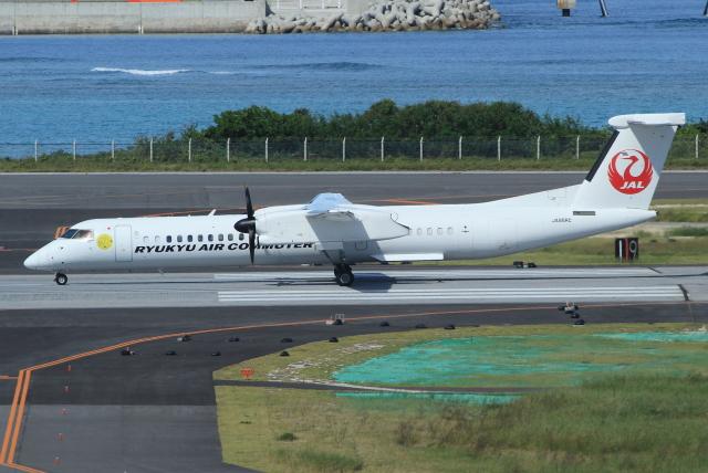 キイロイトリさんが、那覇空港で撮影した琉球エアーコミューター DHC-8-402Q Dash 8 Combiの航空フォト(飛行機 写真・画像)