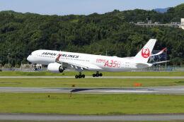 mocohide☆さんが、福岡空港で撮影した日本航空 A350-941の航空フォト(飛行機 写真・画像)