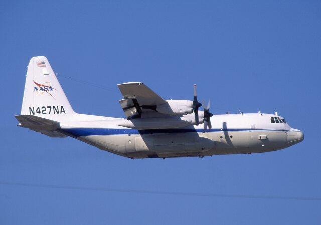 アメリカ航空宇宙局 Lockheed C-130 Hercules 不明 横田基地  航空フォト | by F-4さん
