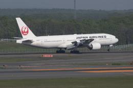 RYO13さんが、新千歳空港で撮影した日本航空 777-289の航空フォト(飛行機 写真・画像)