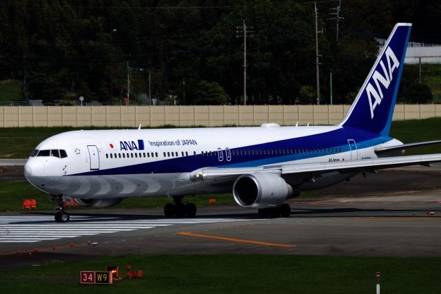 M.airphotoさんが、福岡空港で撮影した全日空 767-381/ERの航空フォト(飛行機 写真・画像)