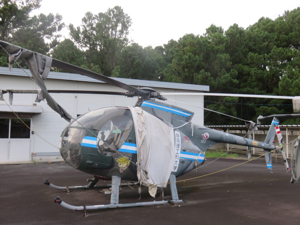 ランチパッドさんの陸上自衛隊 Kawasaki OH-6D (31225) 航空フォト
