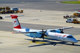航空フォト:OE-LGE オーストリア航空 DHC-8-400