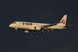 rokko2000さんが、伊丹空港で撮影したジェイエア ERJ-190-100(ERJ-190STD)の航空フォト(飛行機 写真・画像)