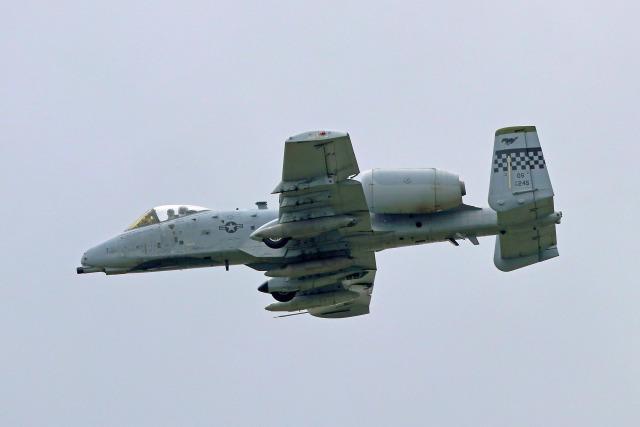 szkkjさんが、横田基地で撮影したアメリカ空軍 A-10C Thunderbolt IIの航空フォト(飛行機 写真・画像)