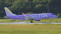 撮り撮り人さんが、岡山空港で撮影したフジドリームエアラインズ ERJ-170-200 (ERJ-175STD)の航空フォト(飛行機 写真・画像)