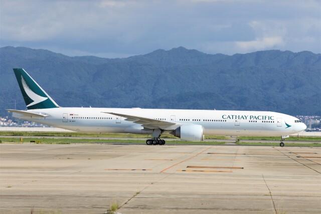 PW4090さんが、関西国際空港で撮影したキャセイパシフィック航空 777-367/ERの航空フォト(飛行機 写真・画像)