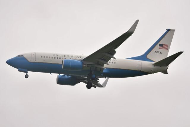 デルタおA330さんが、横田基地で撮影したアメリカ空軍 C-40C BBJ (737-7CP)の航空フォト(飛行機 写真・画像)