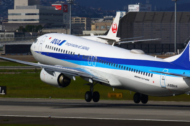khideさんが、伊丹空港で撮影した全日空 737-8ALの航空フォト(飛行機 写真・画像)