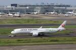 メンチカツさんが、羽田空港で撮影した日本航空 A350-941の航空フォト(飛行機 写真・画像)