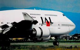 taiki17さんが、松山空港で撮影した日本航空 747-446の航空フォト(飛行機 写真・画像)