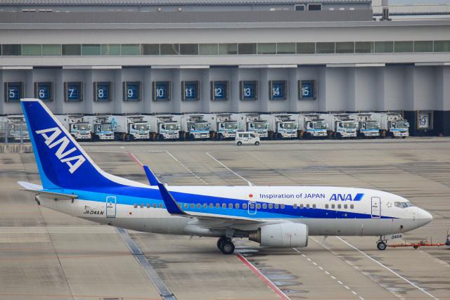 かっちゃん✈︎さんが、中部国際空港で撮影した全日空 737-781の航空フォト(飛行機 写真・画像)