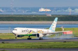 Y-Kenzoさんが、羽田空港で撮影したAIR DO 767-381の航空フォト(飛行機 写真・画像)