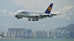 flytaka78さんが、香港国際空港で撮影したルフトハンザドイツ航空 A380-841の航空フォト(飛行機 写真・画像)