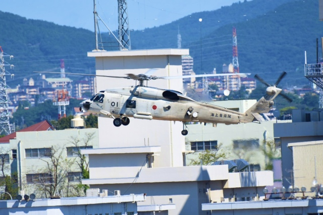 SKULLさんが、名古屋飛行場で撮影した海上自衛隊 SH-60Jの航空フォト(飛行機 写真・画像)