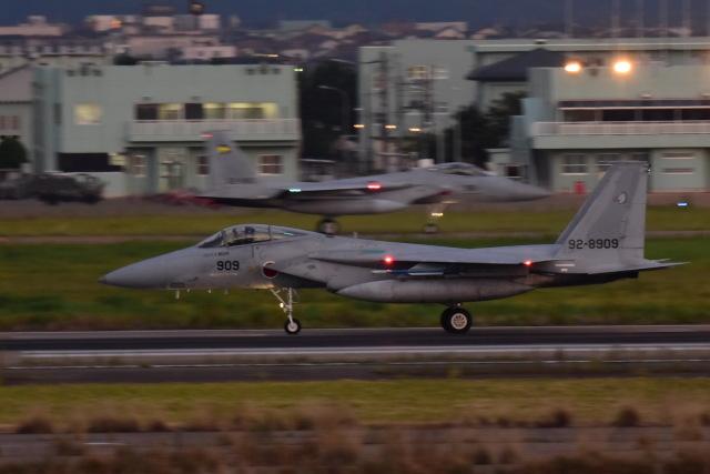 SKULLさんが、小松空港で撮影した航空自衛隊 F-15J Eagleの航空フォト(飛行機 写真・画像)