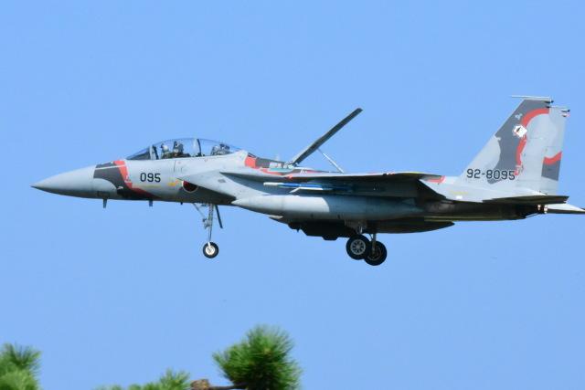 SKULLさんが、小松空港で撮影した航空自衛隊 F-15DJ Eagleの航空フォト(飛行機 写真・画像)