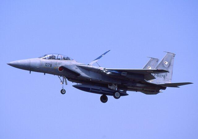 F-4さんが、小松空港で撮影した航空自衛隊 F-15DJ Eagleの航空フォト(飛行機 写真・画像)