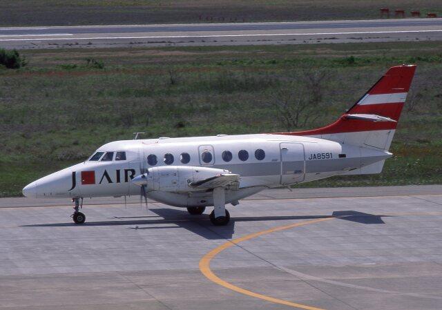 F-4さんが、小松空港で撮影したジェイエア BAe-3217 Jetstream Super 31の航空フォト(飛行機 写真・画像)