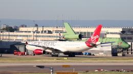 誘喜さんが、ロンドン・ヒースロー空港で撮影したヴァージン・アトランティック航空 A330-343Xの航空フォト(飛行機 写真・画像)