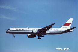 tassさんが、成田国際空港で撮影した中國民航 757-21Bの航空フォト(飛行機 写真・画像)
