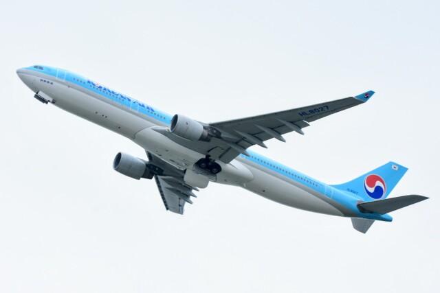 M.Tさんが、関西国際空港で撮影した大韓航空 A330-323Xの航空フォト(飛行機 写真・画像)