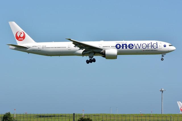 サンドバンクさんが、羽田空港で撮影した日本航空 777-346の航空フォト(飛行機 写真・画像)