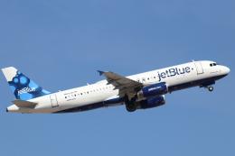 キャスバルさんが、フェニックス・スカイハーバー国際空港で撮影したジェットブルー A320-232の航空フォト(飛行機 写真・画像)