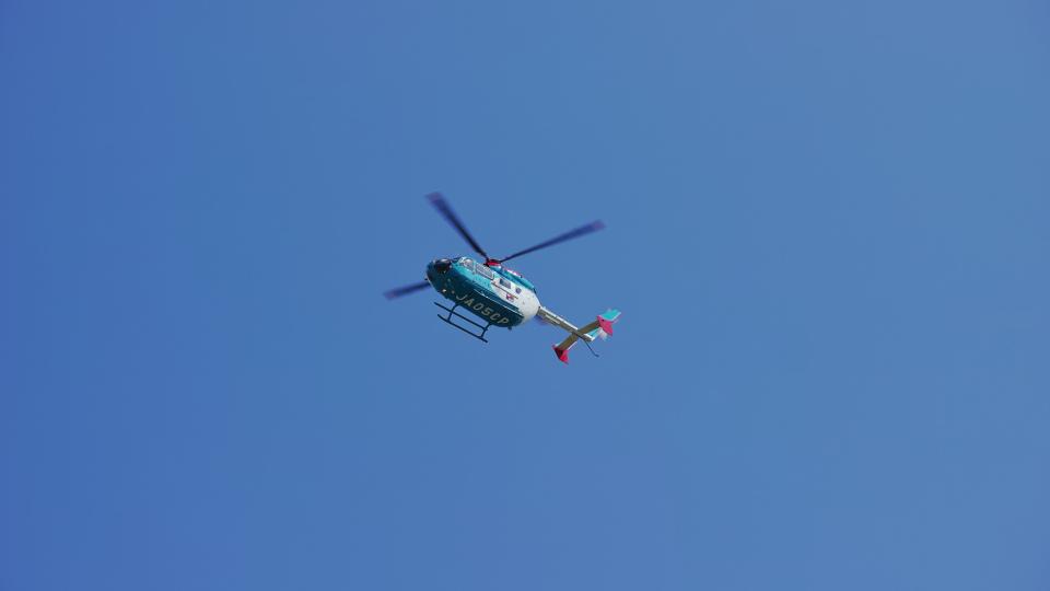 jp arrowさんの中日新聞社 Kawasaki BK117 (JA05CP) 航空フォト