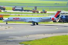 amagoさんが、アムステルダム・スキポール国際空港で撮影したエールフランス・オップ! ERJ-145EPの航空フォト(飛行機 写真・画像)