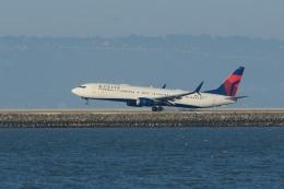 小弦さんが、サンフランシスコ国際空港で撮影したデルタ航空 737-932/ERの航空フォト(飛行機 写真・画像)