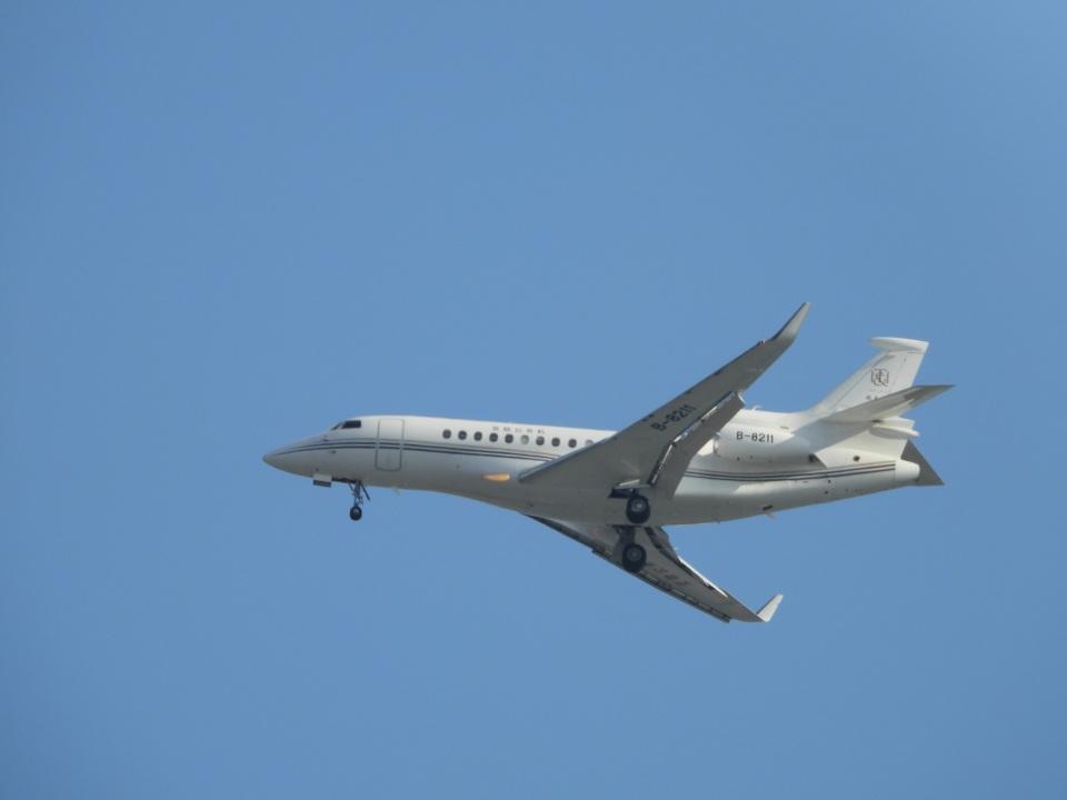 songsさんの中国企業所有 Dassault Falcon 7X (B-8211) 航空フォト