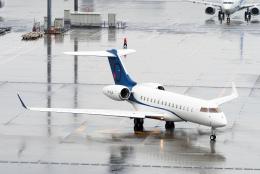 すしねこさんが、羽田空港で撮影したOジェッツ BD-700-1A10 Global 6000の航空フォト(飛行機 写真・画像)