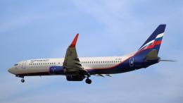 誘喜さんが、ロンドン・ヒースロー空港で撮影したアエロフロート・ロシア航空 737-8MCの航空フォト(飛行機 写真・画像)