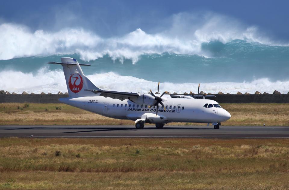 CL&CLさんの日本エアコミューター ATR 42 (JA07JC) 航空フォト