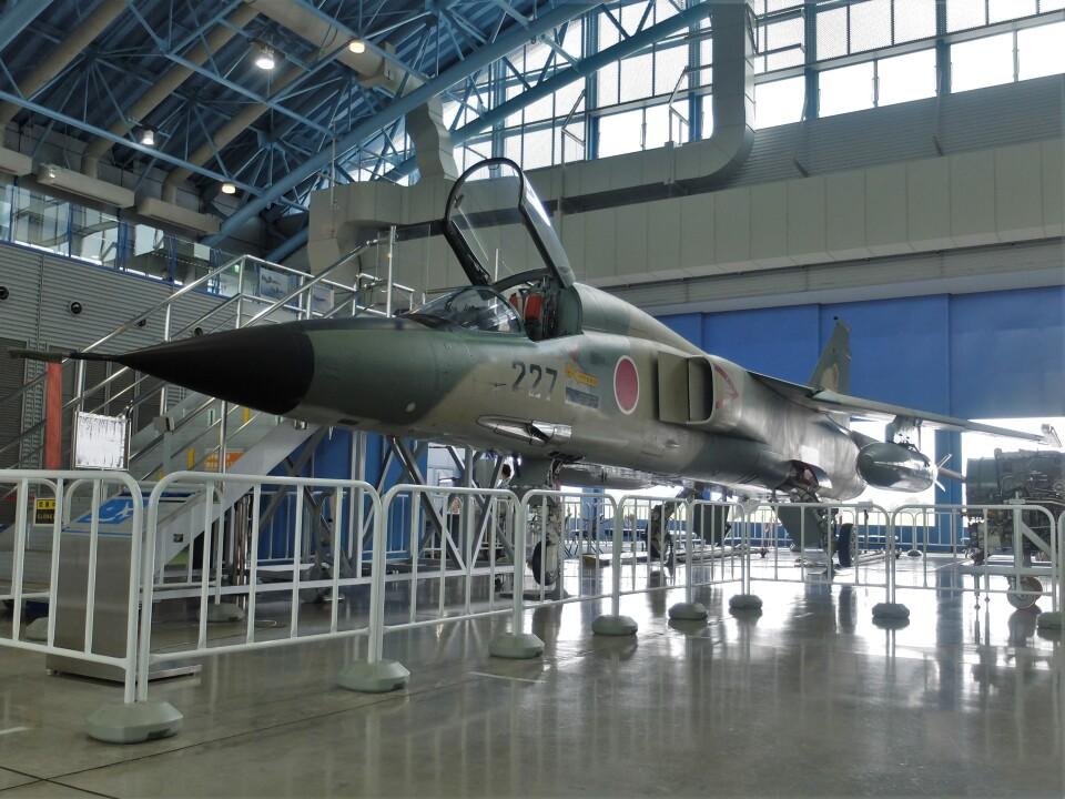 Smyth Newmanさんの航空自衛隊 Mitsubishi F-1 (90-8227) 航空フォト